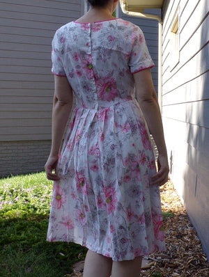 1960's PINK FLORAL DRESS stacy ames crepe dress S 60's (B1)
