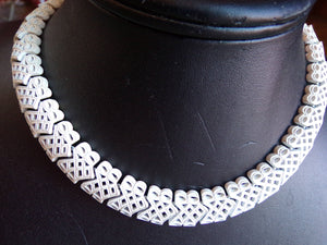 signed MONET VINTAGE lacy segmented NECKLACE choker metal (C5)