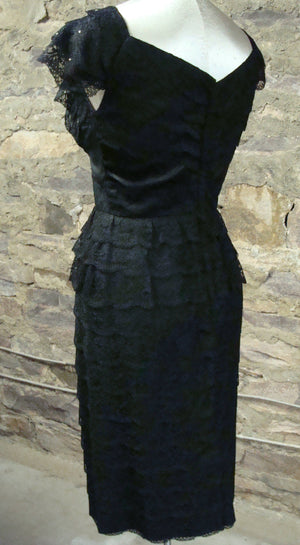 amazing BLACK LACE wiggle DRESS layered rhinestone cocktail party S (H4)
