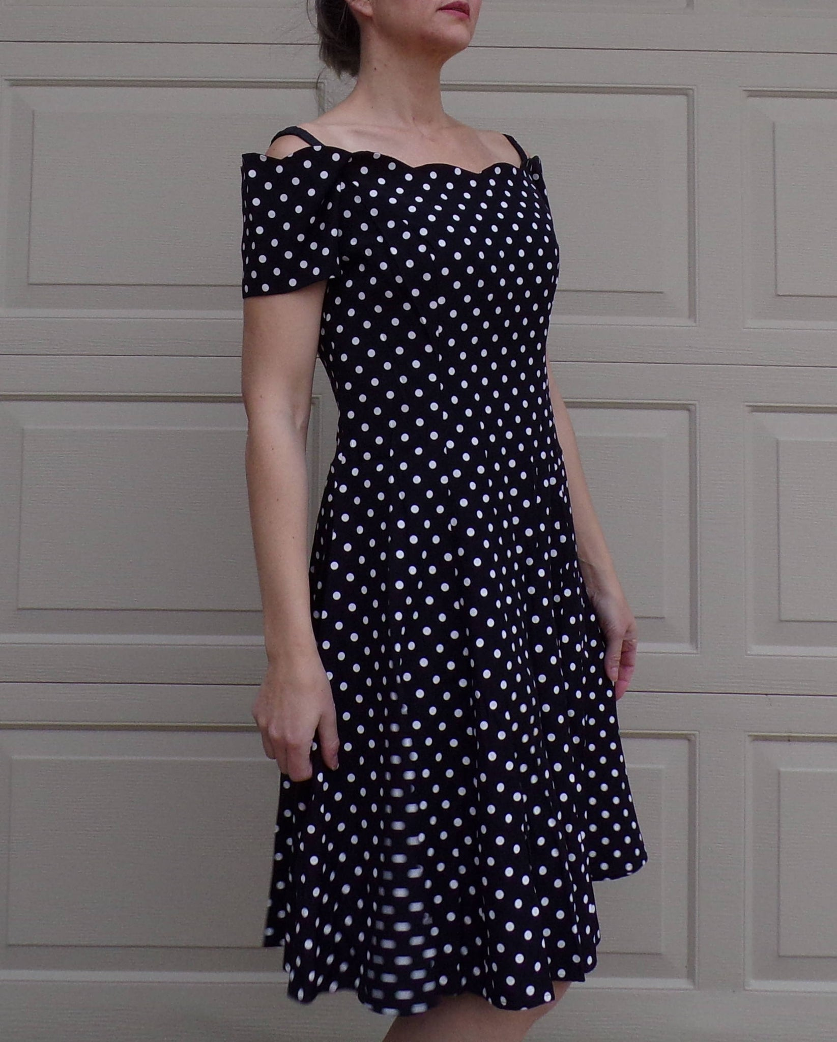 80's 90's POLKA DOT DRESS fit n flare off-shoulder S (G1)