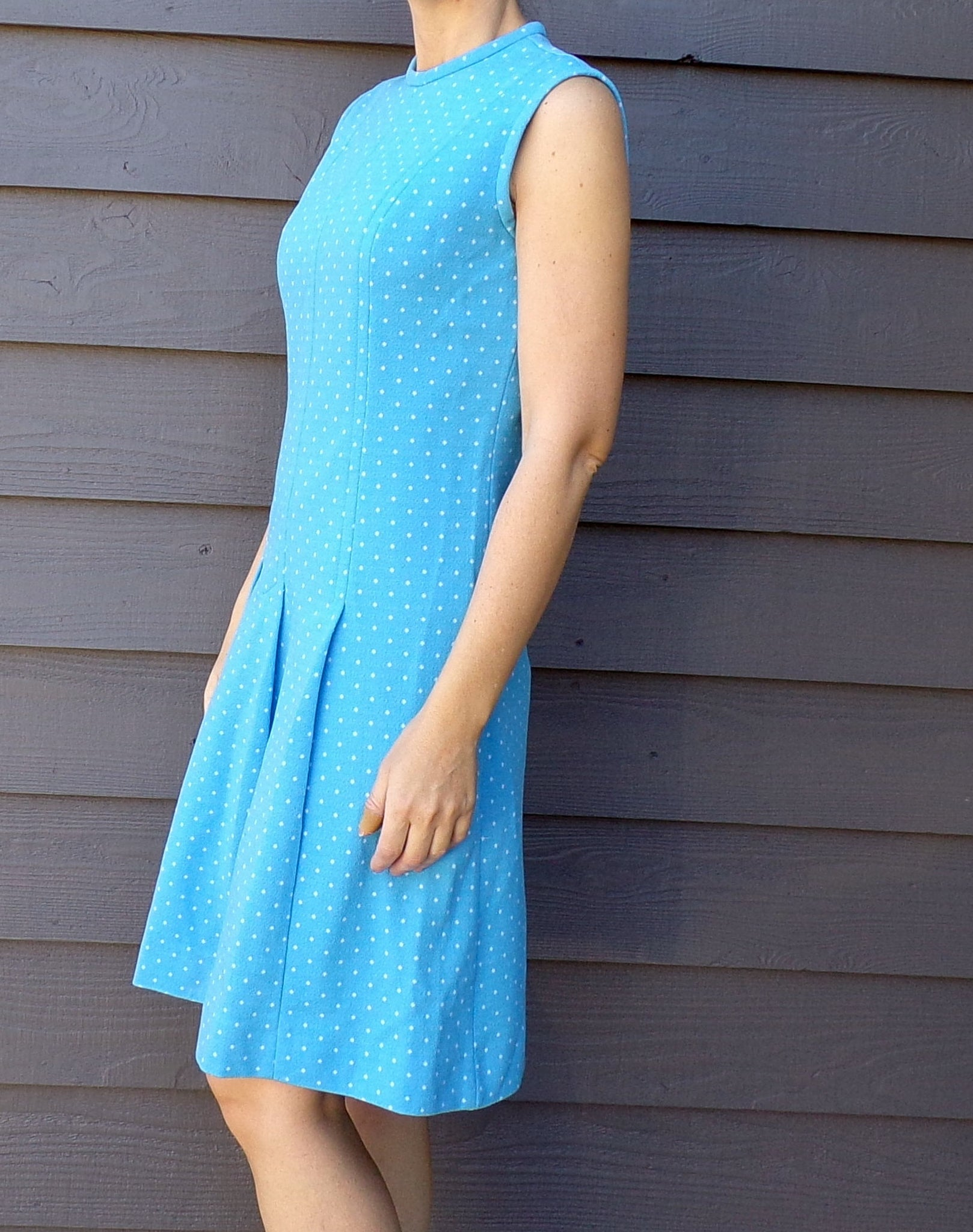 AQUA BLUE mod DRESS sleeveless polka dot 60's S M (G1)
