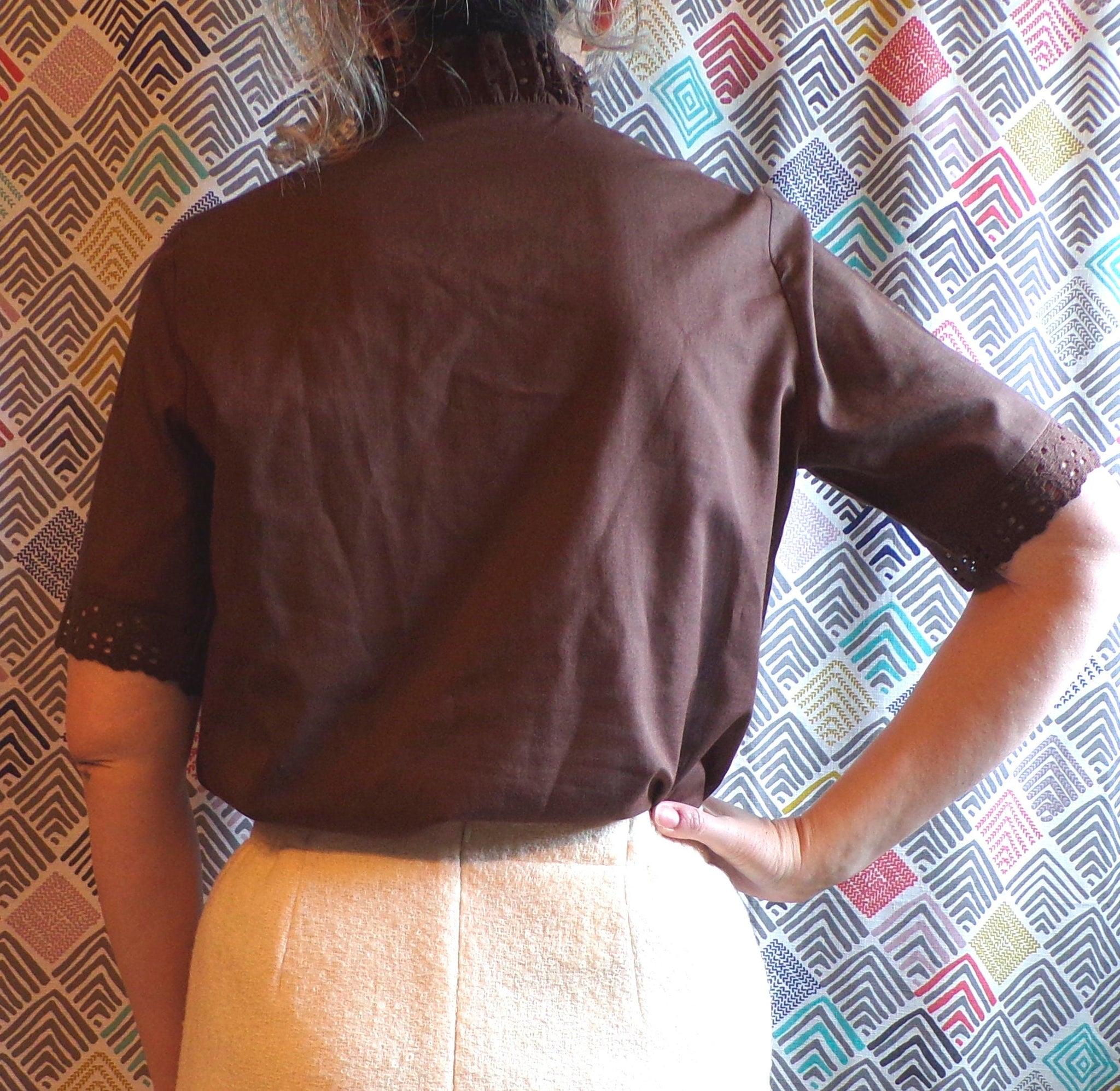 DARK BROWN vintage lace-trimmed BLOUSE with sash M (F3)