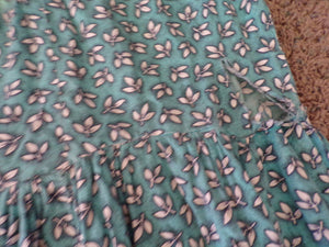EARLY 1950s COTTON DRESS maybe feedsack fabric S 50's (B4)
