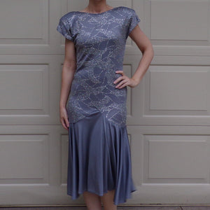 1980s does 1920s dropped waist VINTAGE COCKTAIL DRESS S pewter (G8)