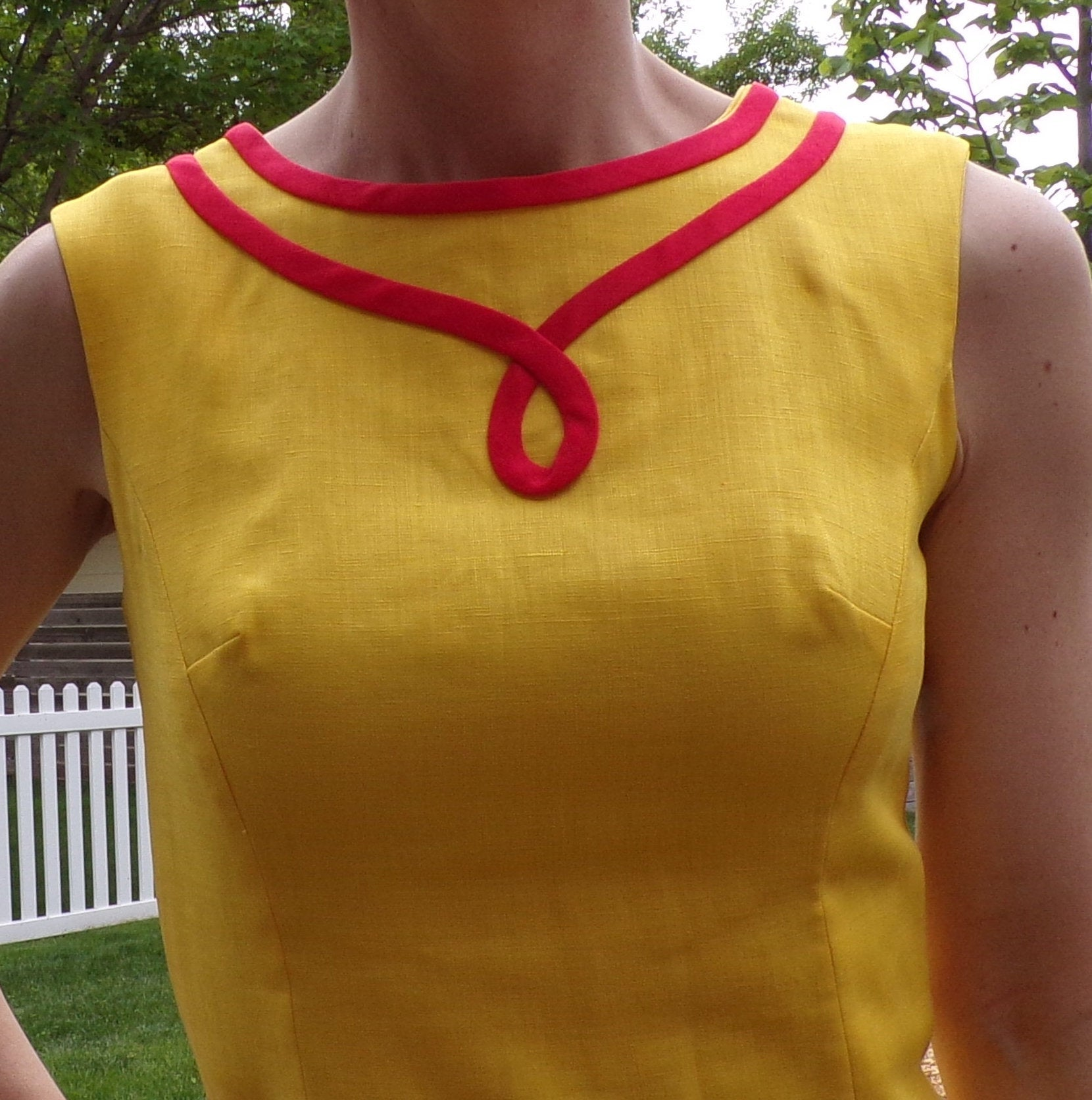 bright yellow MOD SHIFT DRESS sleeveless summer S