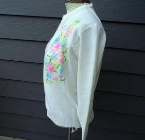 EMBROIDERED GRANNY CARDIGAN ivory acrylic vintage M (B2)