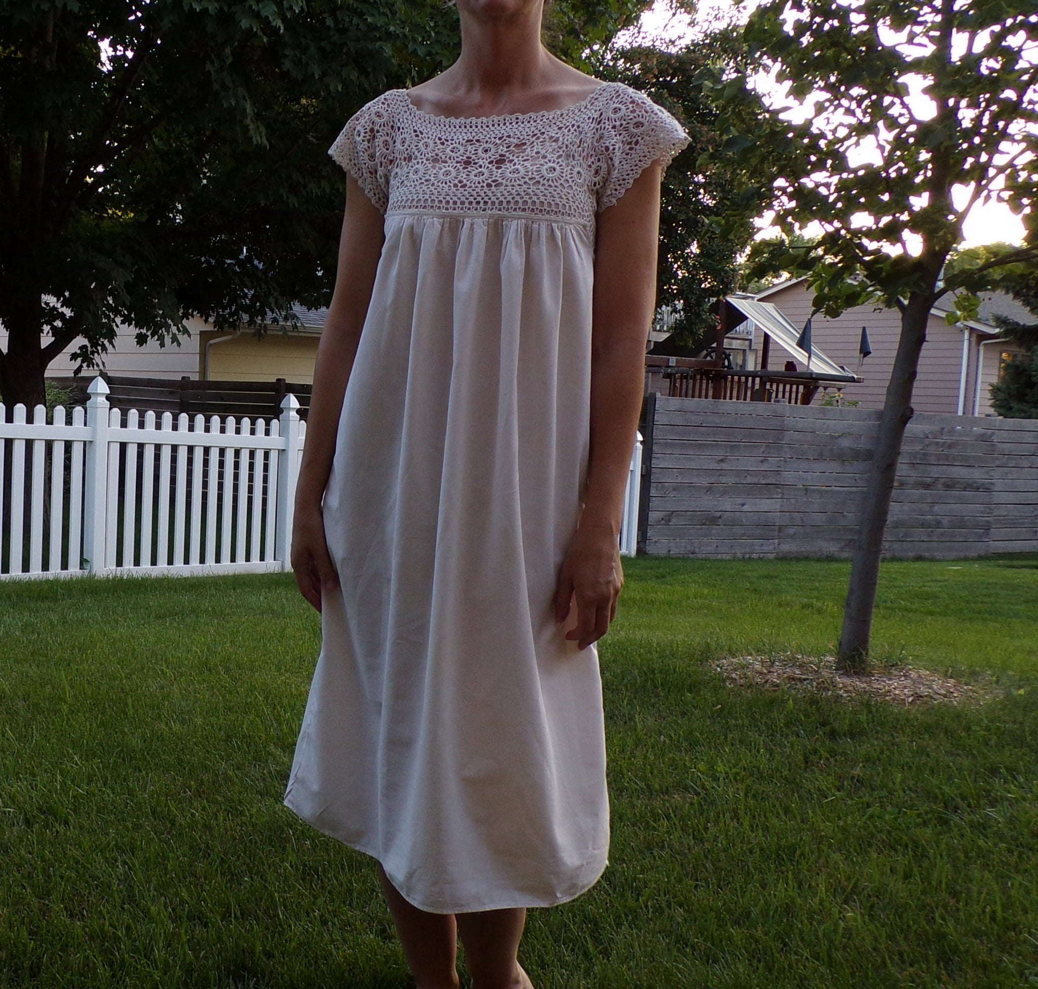 EDWARDIAN COTTON NIGHTGOWN crochet lace top xs S (D9)