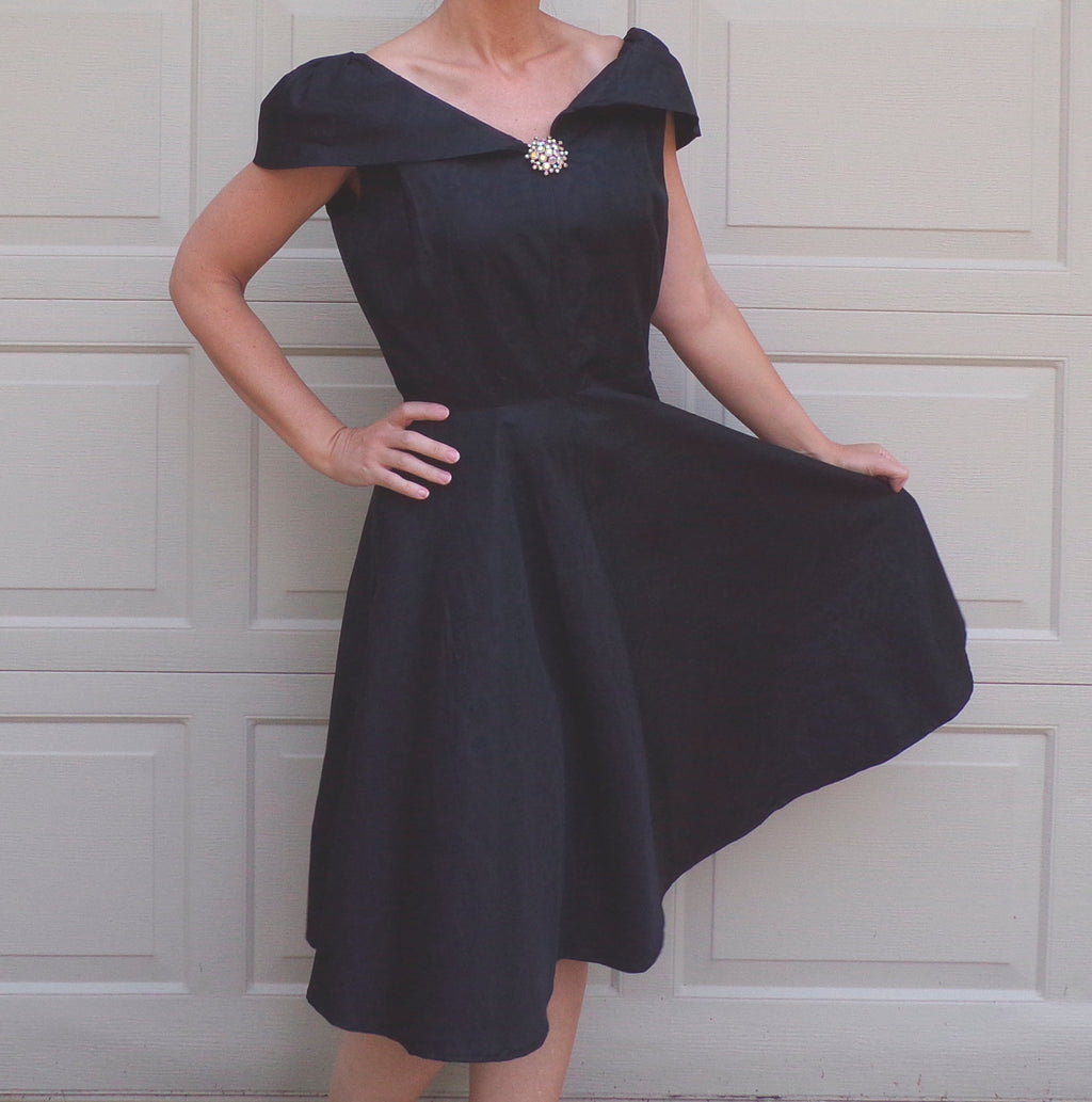 1950's BLACK TAFFETA party DRESS 50's M full skirt (D2)