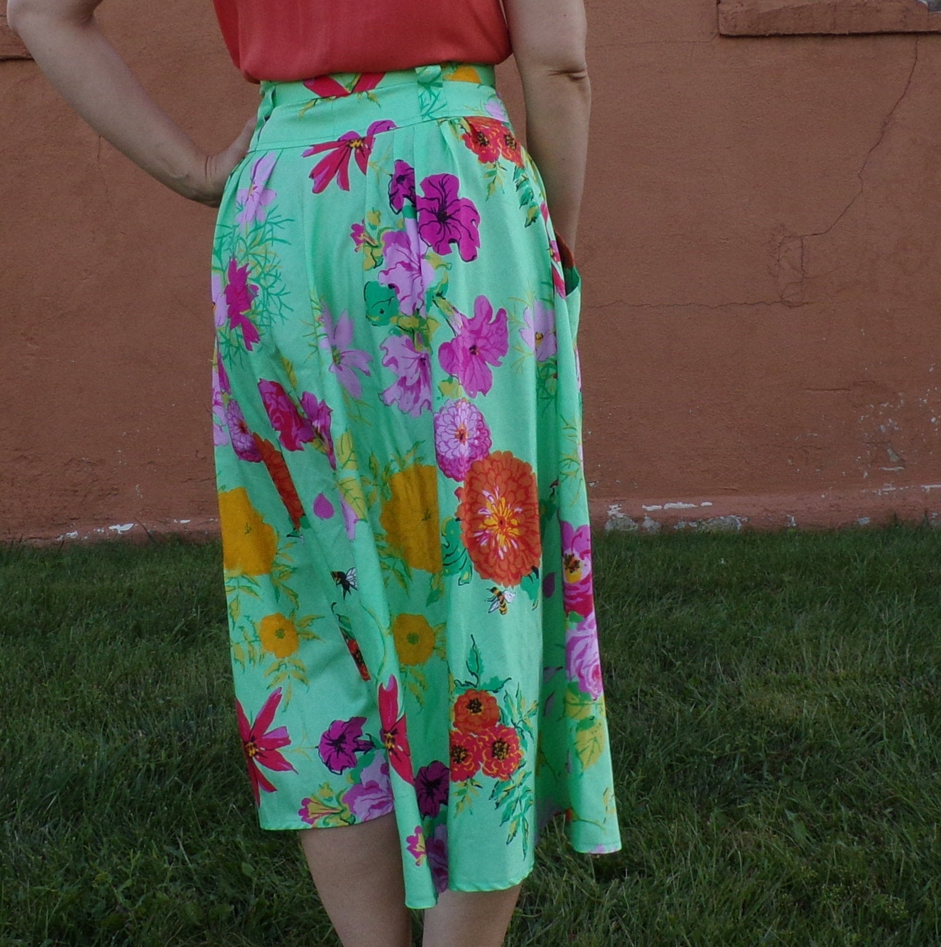GREEN FLORAL SATEEN midi skirt with pockets S