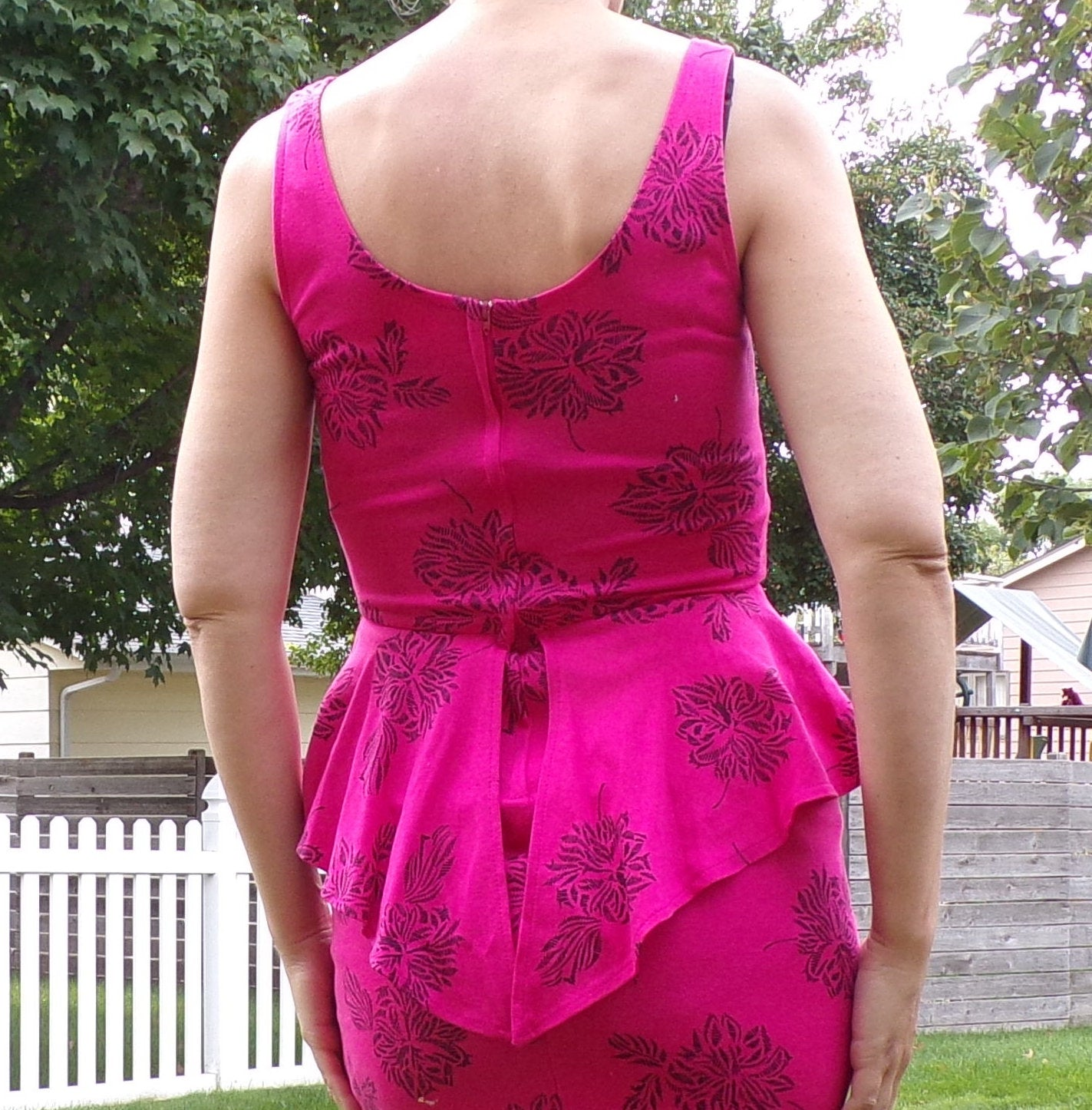 1980's PEPLUM PENCIL DRESS pink bodycon xs 80's (D6)