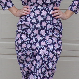 1980's does 1940's FLORAL WIGGLE DRESS rayon S (G8)