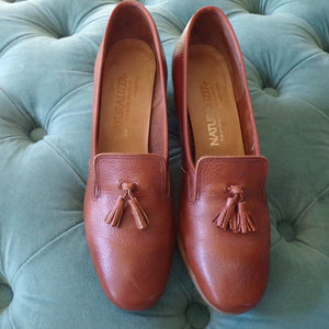 1981 CLASSIC NATURALIZER PUMPS low heels leather 7.5 8 N (F6)