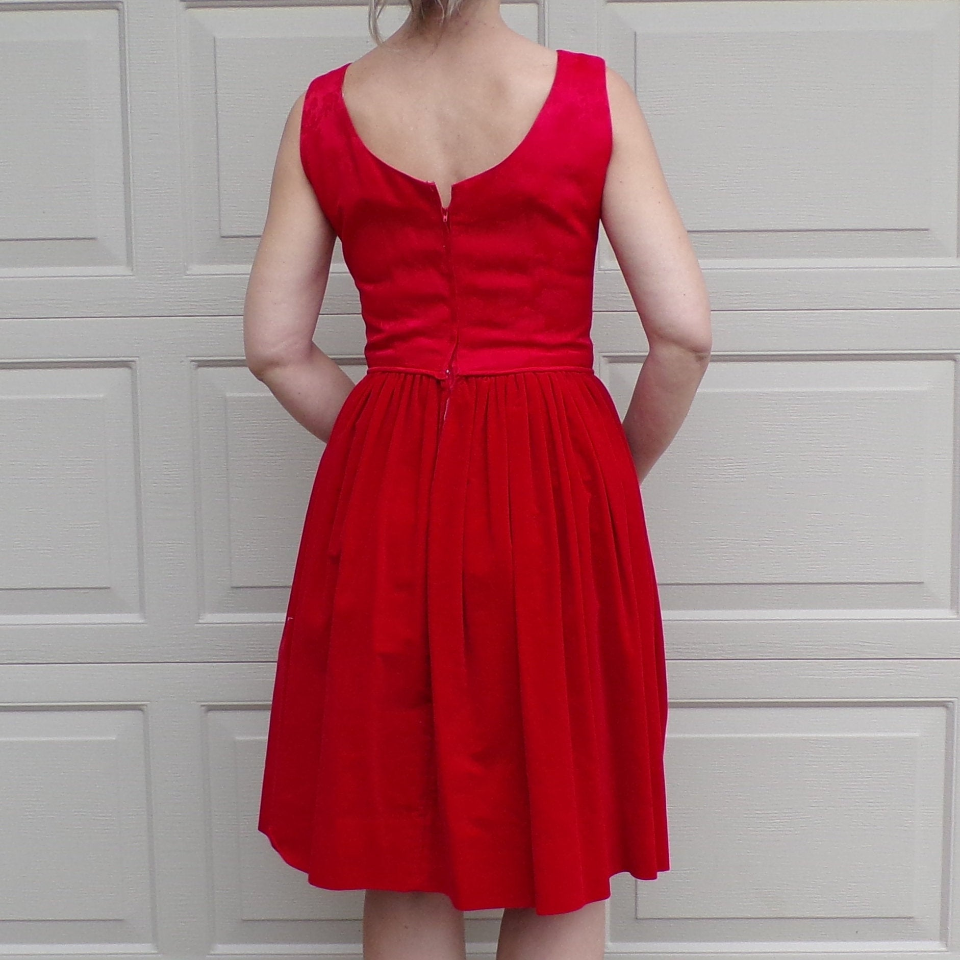 RED midcentury PARTY DRESS brocade and velvet 50's 60's S (G7)