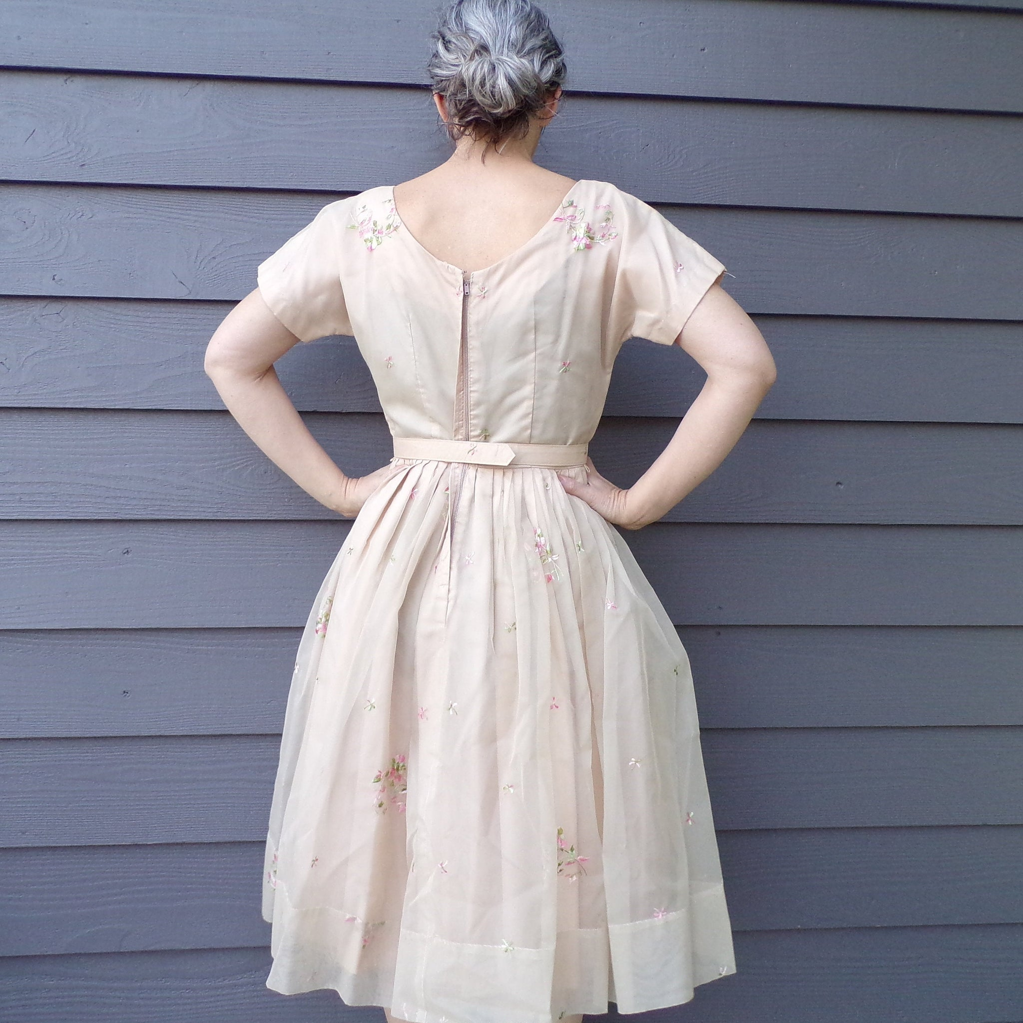 BEIGE CHIFFON 1960's DRESS floral embroidery 60's M (E2)