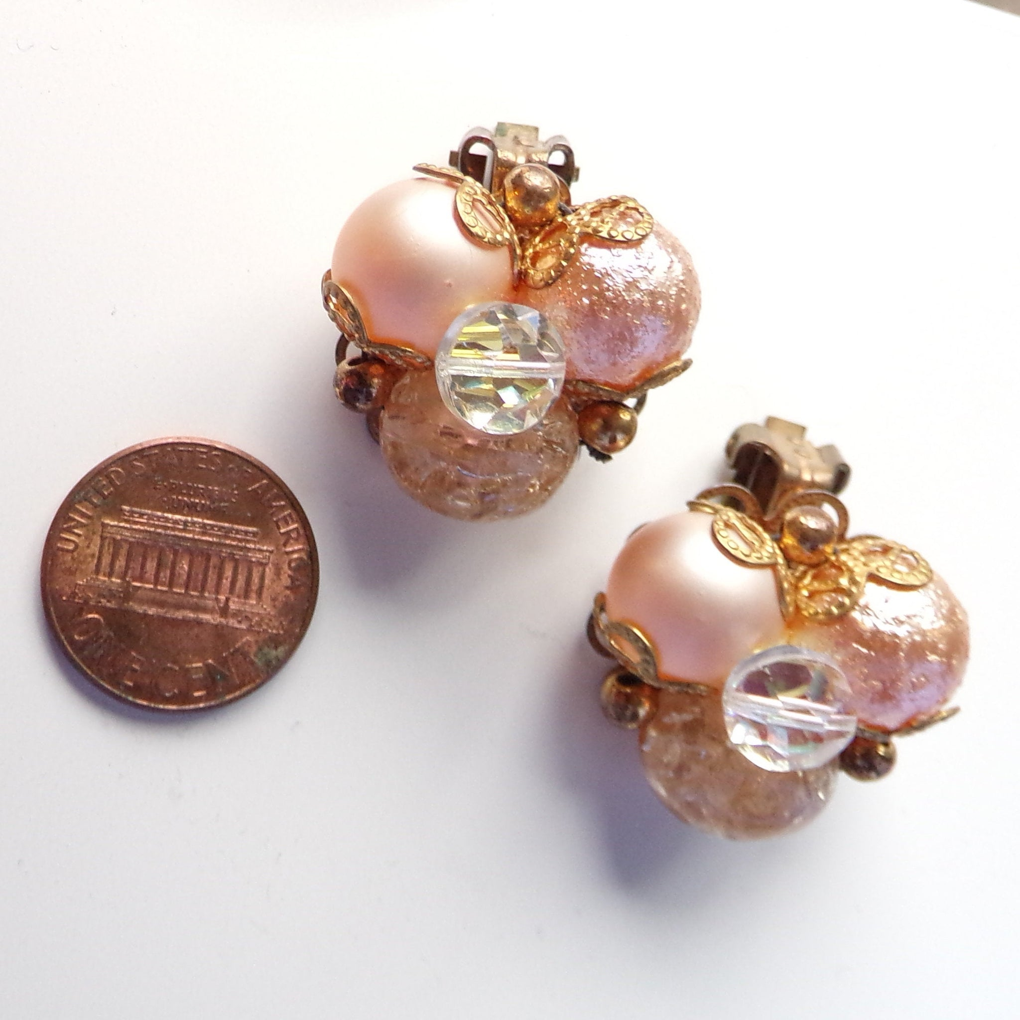 PEACH 1960's BAUBLE NECKLACE 60's earring set (C6)