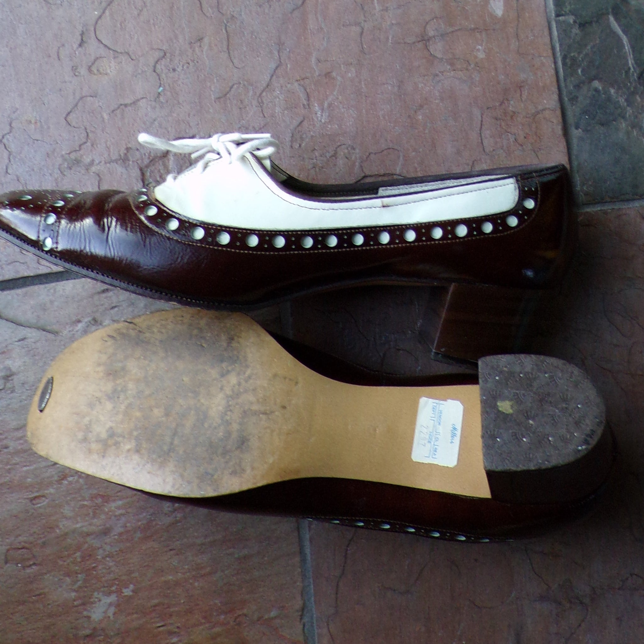 SELBY MOD SHOES spectator block heels wingtips 7 (E9)