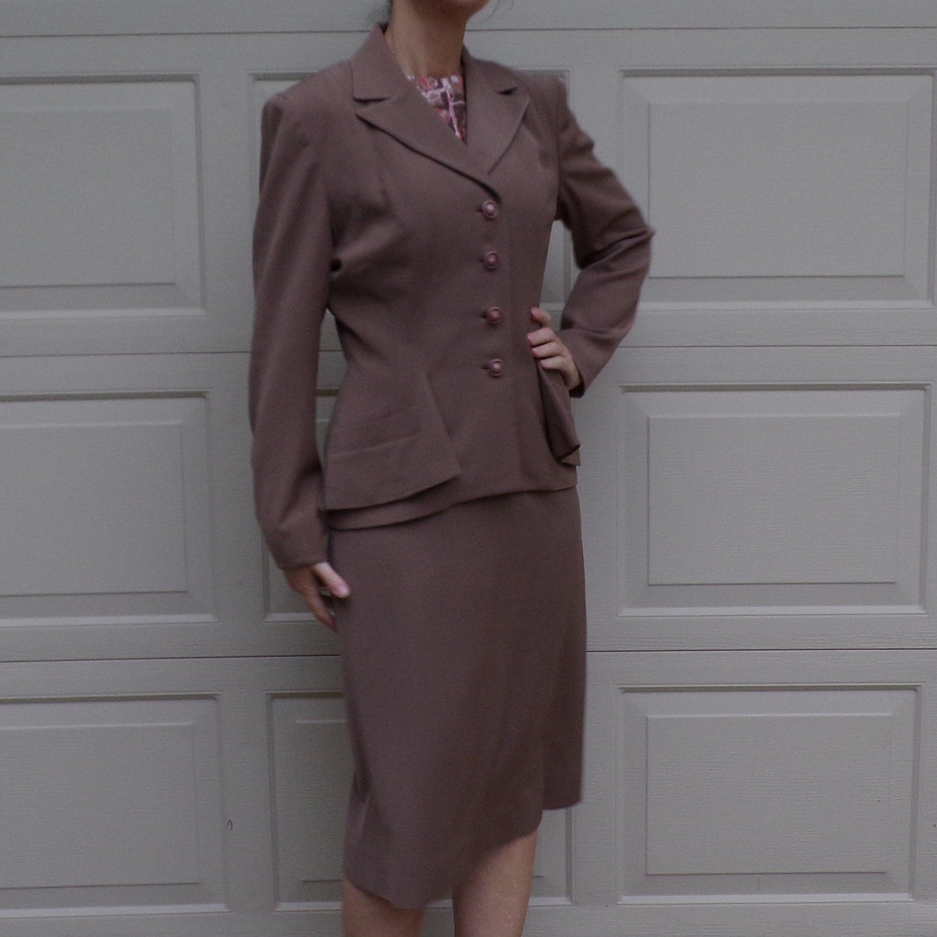 CAFE LATTE SUIT 1940's skirt set 40's tailored jacket S M (C9)