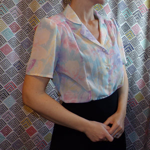 semi-sheer WATERCOLOR FLORAL BLOUSE 1980's does 1940's S (J1)
