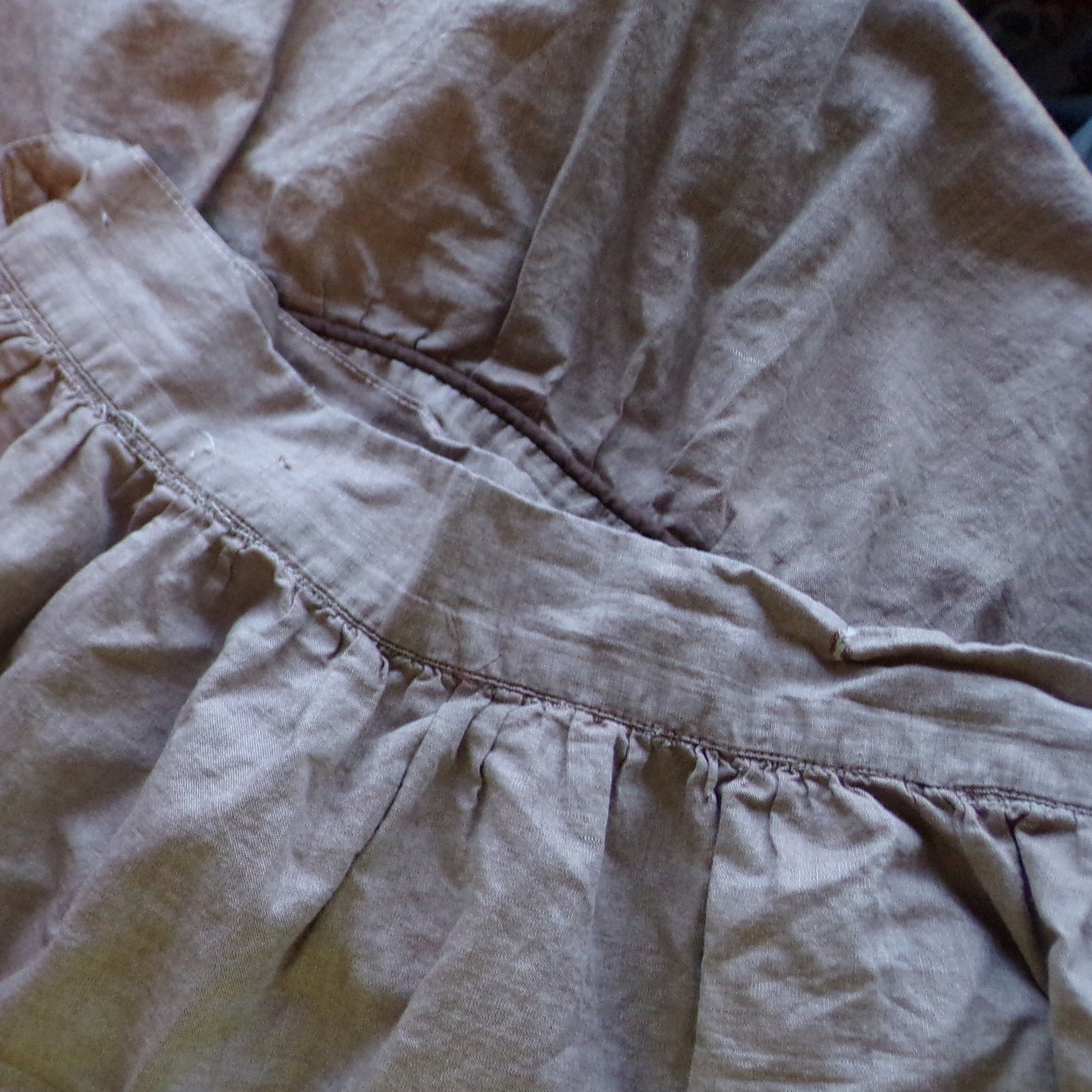 TIERED COTTON 1950's patio SKIRT tan chambray xs 25 waist (H5)
