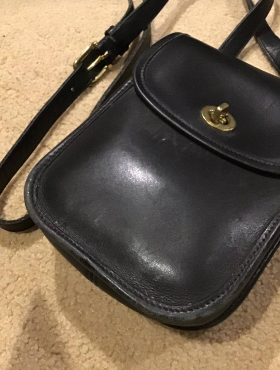 VINTAGE COACH CROSSBODY black leather bag purse cross body
