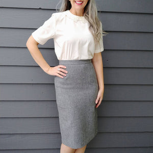 GRAY PENCIL SKIRT wool blend 1970s does 1950s S xs (K5)