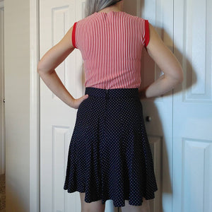 STRIPED 1960s SLEEVELESS TOP red tank 60s mod xs S (K5)
