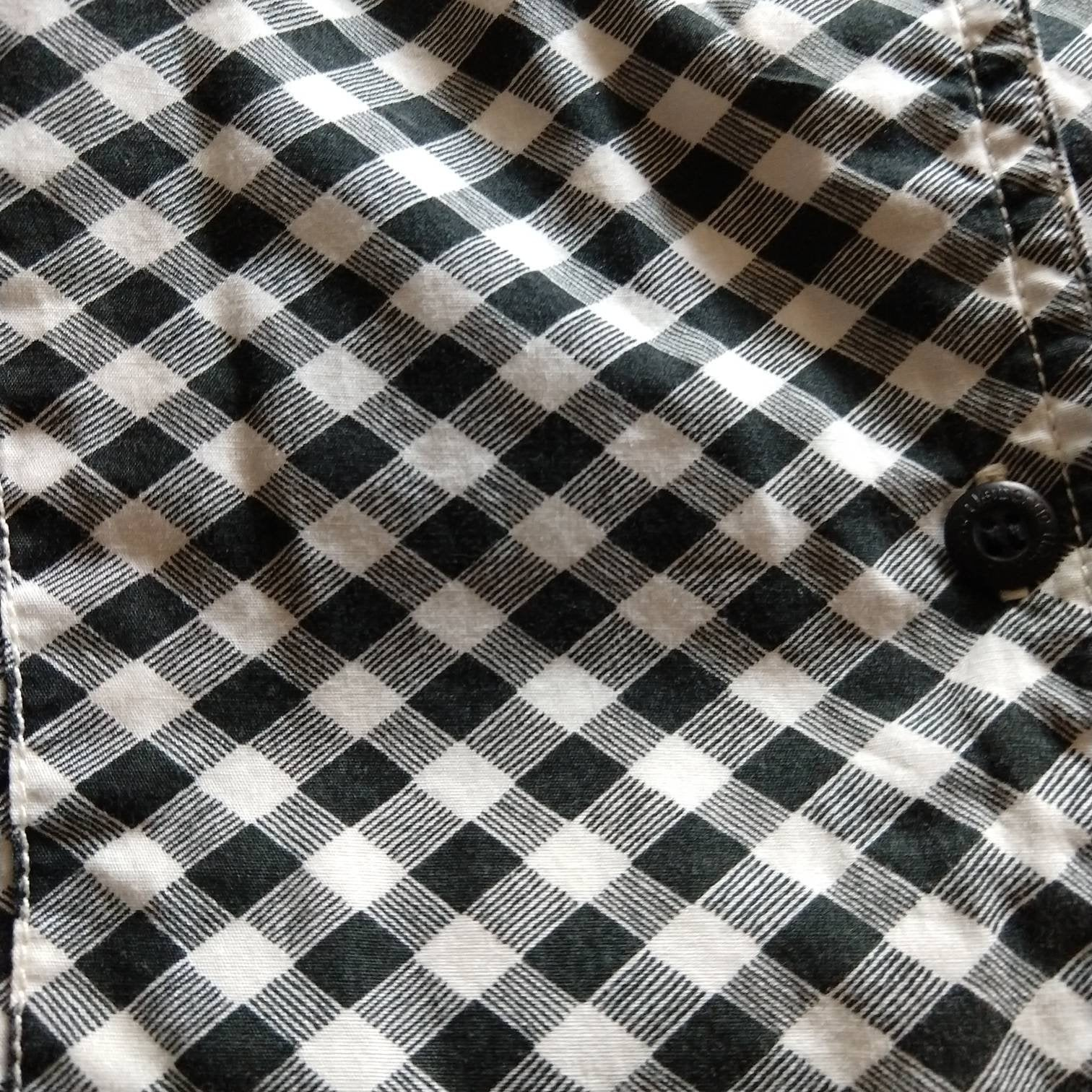 LIZ CLAIBORNE black and white gingham BLOUSE L