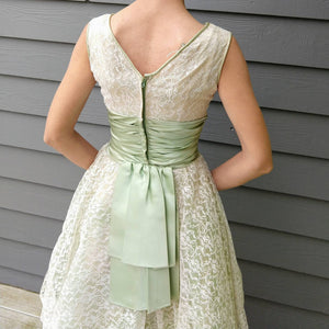GREEN and WHITE party DRESS lace tulle 50's xs xxs 23.75 waist
