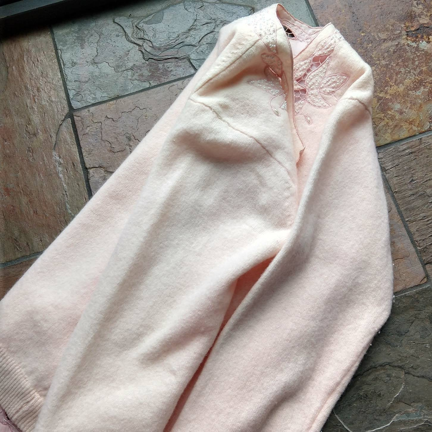 PALE PINK 1960s CARDIGAN 60s sweater S xs