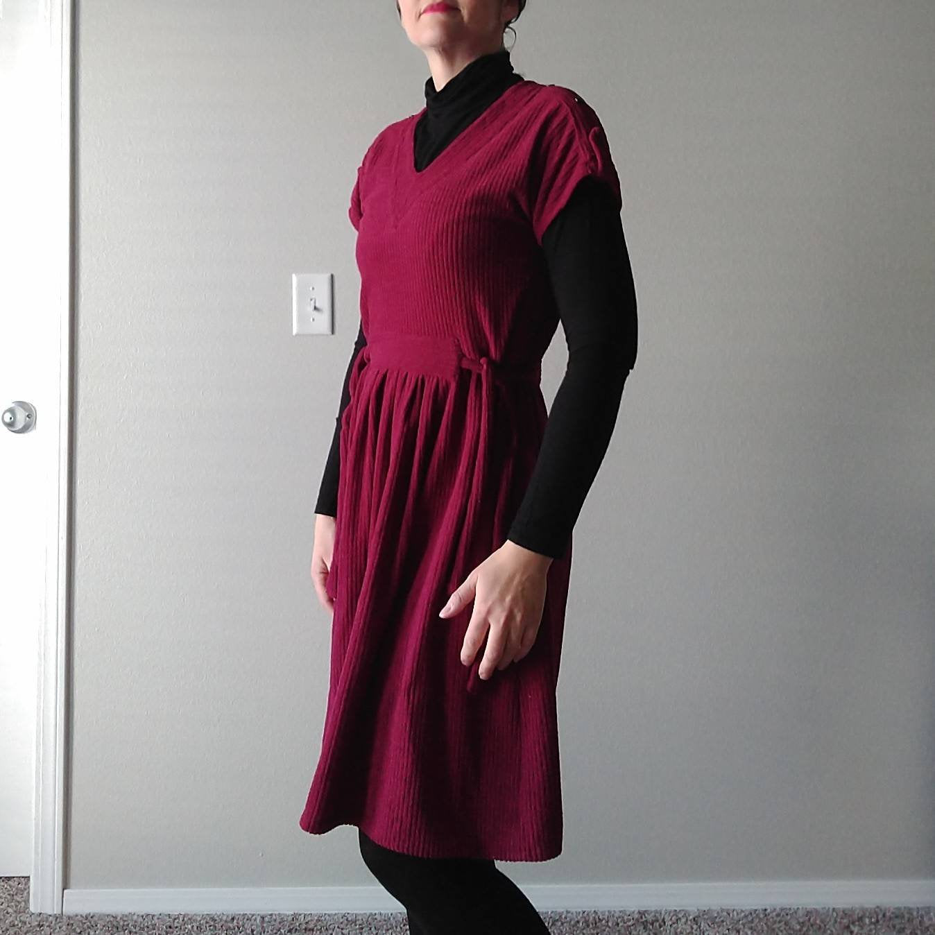 vintage BERRY VELOUR DRESS 1970's 1980's casual jumper S M (G6)