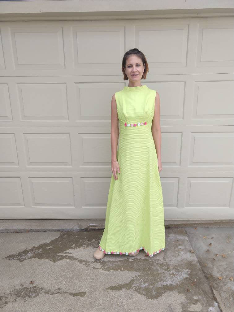 LIME GREEN 1960s 1970s maxi DRESS long mod S (G6)