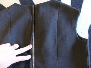 SIMPLE 1960's pencil SKIRT SUIT vintage set shell M 6 8 (B1)