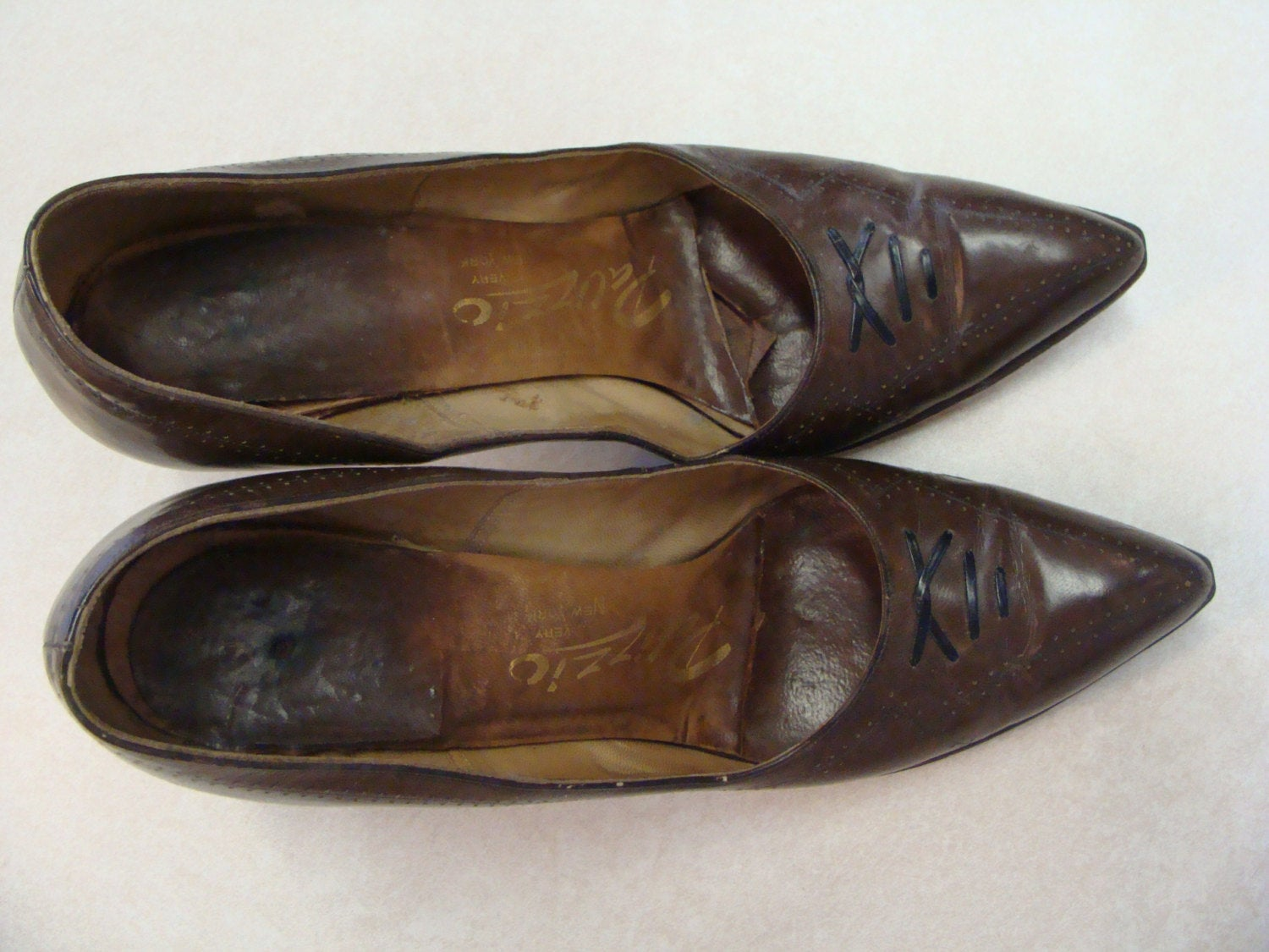 vintage PALIZZIO very new york KITTEN HEELS brown leather pumps 6 6.5 N (J1)