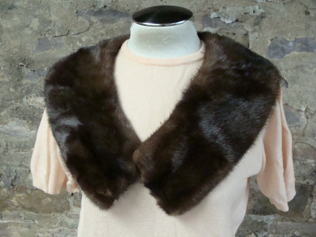 1950's 1960's GENUINE FUR COLLAR glam mink