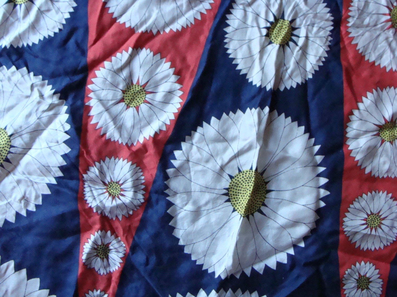 "MARGUERITE FOR ECHO silk woodland daisies mod scarf 30"" square"