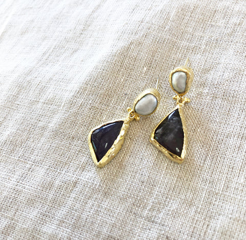 Inartisan Stone Earrings