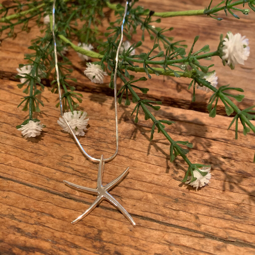 Large Starfish Pendant - Apothecary Gift Shop
