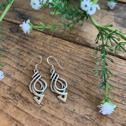 Celtic Dangle Earring - Apothecary Gift Shop