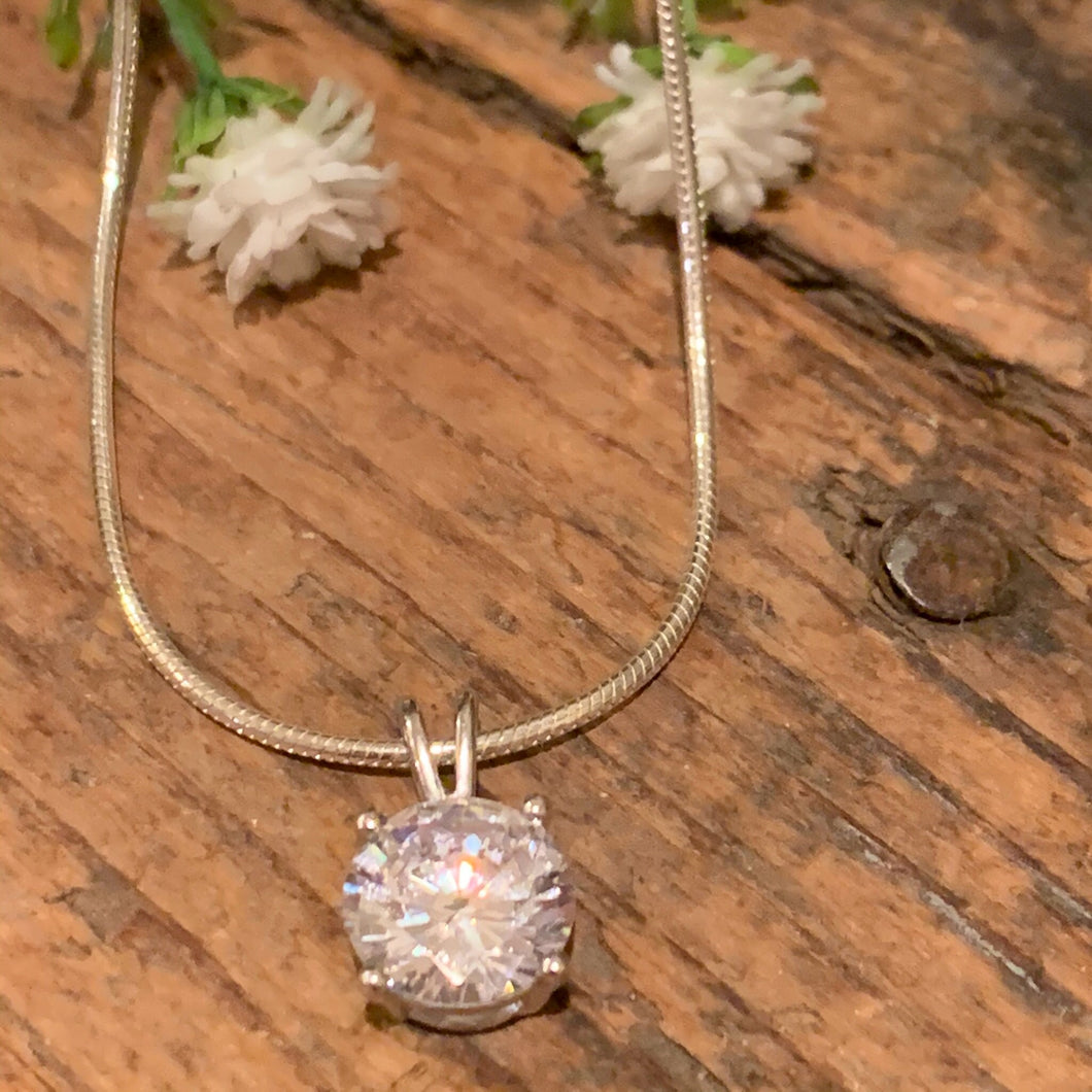 Round 8mm CZ Pendant - Apothecary Gift Shop