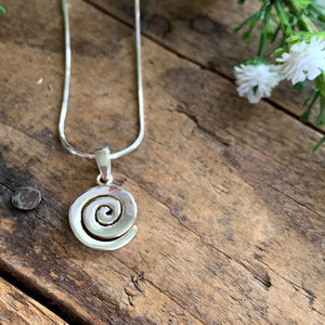 Sterling Silver Swirl Pendant - Apothecary Gift Shop