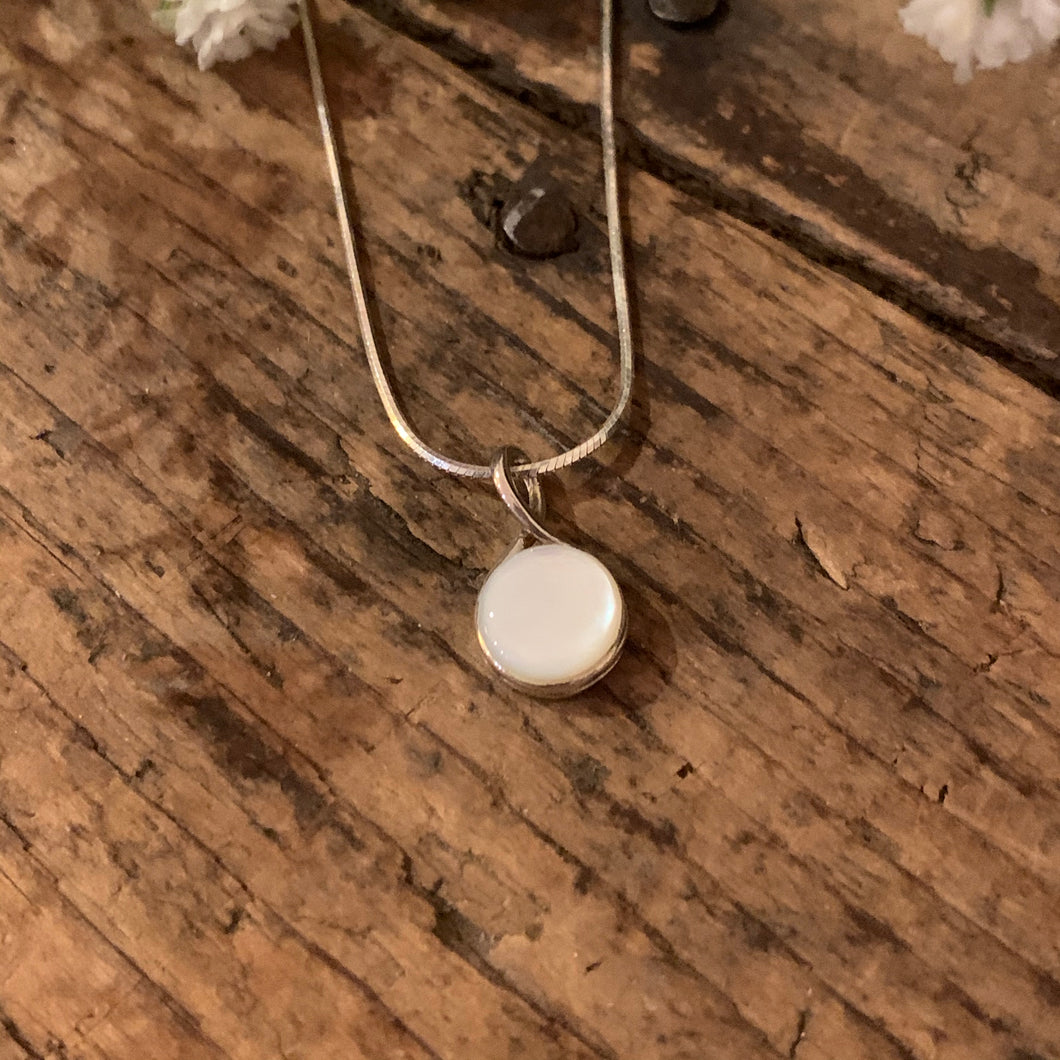 Round Mother of Pearl Pendant - Apothecary Gift Shop