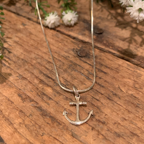 Anchor Pendant - Apothecary Gift Shop
