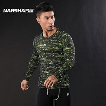 Load image into Gallery viewer, Men's Compression Shirt Camouflage Crossfit