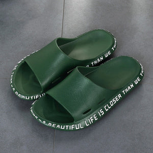 Summer Men Slippers Beach Shoes Male Flip Flops Lightweight Fashion New Arrival Lovers Couple Slippers Unisex Bathroom Slides