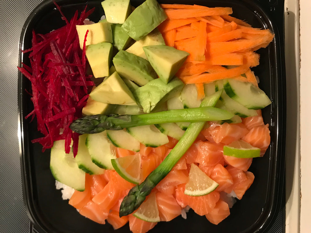 Poke Bowl With Salmon & Steamed Rice