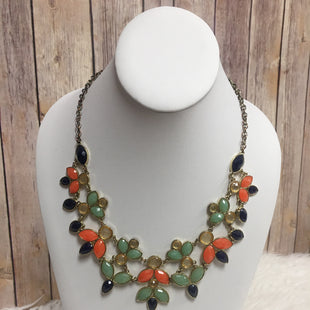 Primary Photo - BRAND:    CLOTHES MENTOR STYLE: NECKLACE COLOR: GREEN SKU: 242-24235-15913