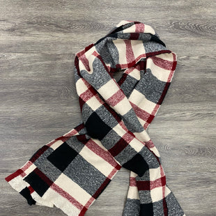 Primary Photo - BRAND:    CLOTHES MENTOR STYLE: SCARF WINTER COLOR: RED WHITE SKU: 242-24287-980