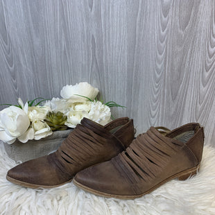 Primary Photo - BRAND: FREE PEOPLE STYLE: BOOTS ANKLE COLOR: BROWN SIZE: 10 SKU: 242-24213-128231