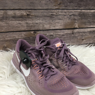 Primary Photo - BRAND: NIKE STYLE: SHOES ATHLETIC COLOR: LAVENDER SIZE: 9 SKU: 242-24235-14040