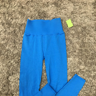 Primary Photo - BRAND: FABLETICS STYLE: ATHLETIC PANTS COLOR: BLUE SIZE: M SKU: 242-24213-128073